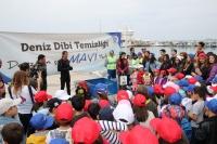 Turgutreis sahillerinden 275 kg plastik çıktı!