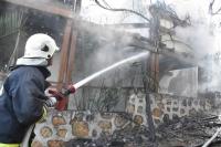 İki katlı evde çıkan yangın söndürüldü